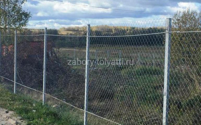 строительство заборов из сетки рабицы
